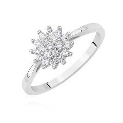 Stříbrný prsten s čirými drobnými zirkony - hvězda
