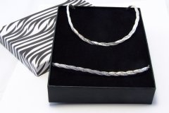 Souprava náhrdelníku a náramku magic - splétaný