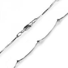 Hranatý stříbrný náhrdelník s kuličkami