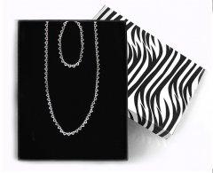 Souprava stříbrného náramku a náhrdelníku ze srdíček