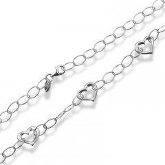 Stříbrný náhrdelník z velkých oček se srdíčky