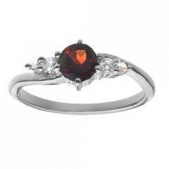 Jemný stříbrný prsten s pravým granátem
