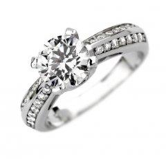 Luxusní stříbrný prsten se zirkony Swarovski