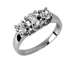 Stříbrný prsten se třemi zirkony Swarovski