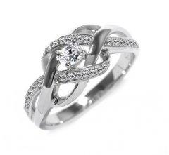 Stříbrný prsten se zirkony - proplétaný
