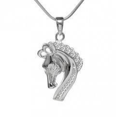 Stříbrný přívěsek - koník se zirkony