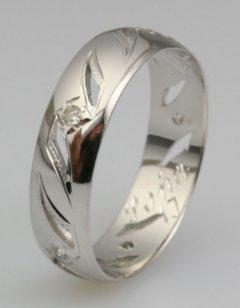 Snubní prsten Soňa 1/J