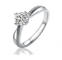Jemný elegantní stříbrný prsten se zirkony Swarovski™