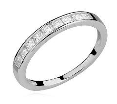 Stříbrný prsten - jemný kroužek se zirkony