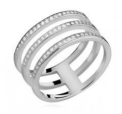 Stříbrný prsten - tři spojené kruhy