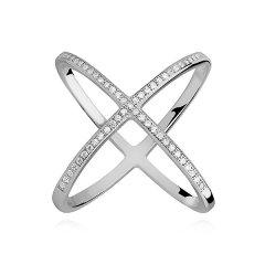 Stříbrný prsten - křížem spojené kruhy