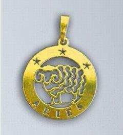 Zlatý přívěsek Beran - latinský nápis