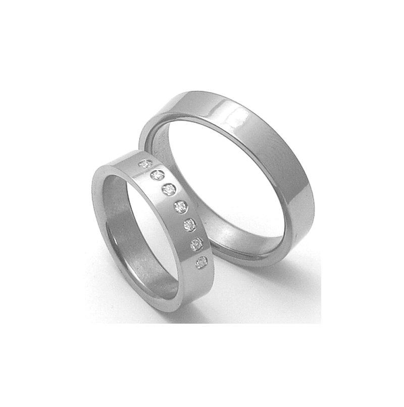 Snubni Prsteny Z Titanu Stt3000 Zlato Stribro Cz